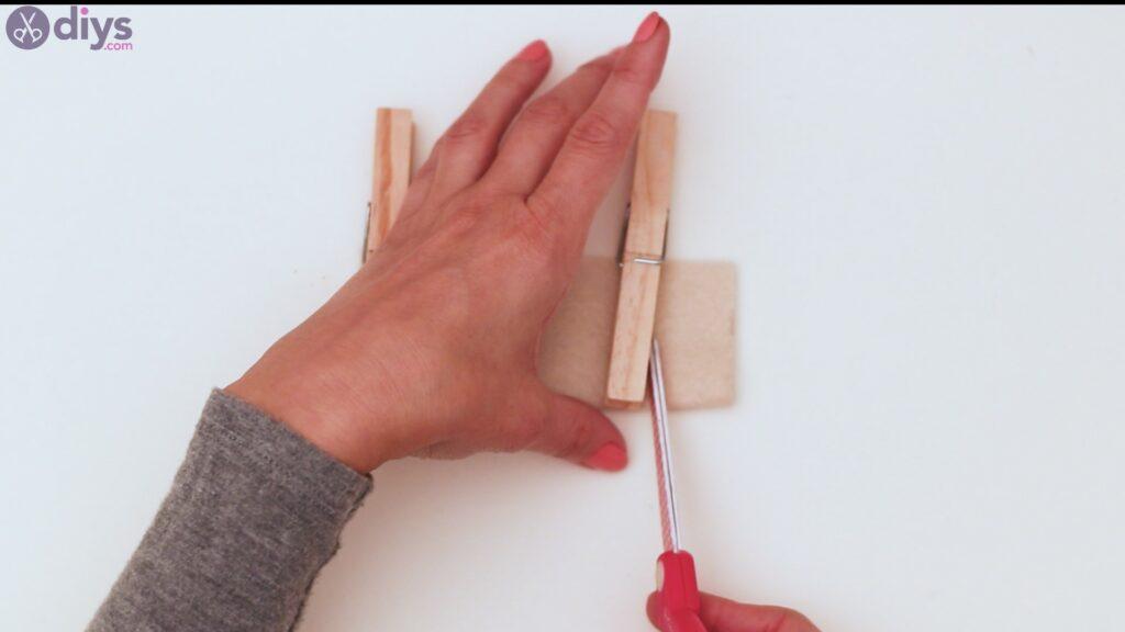 Étapes du porte-cartes en feutre (3)