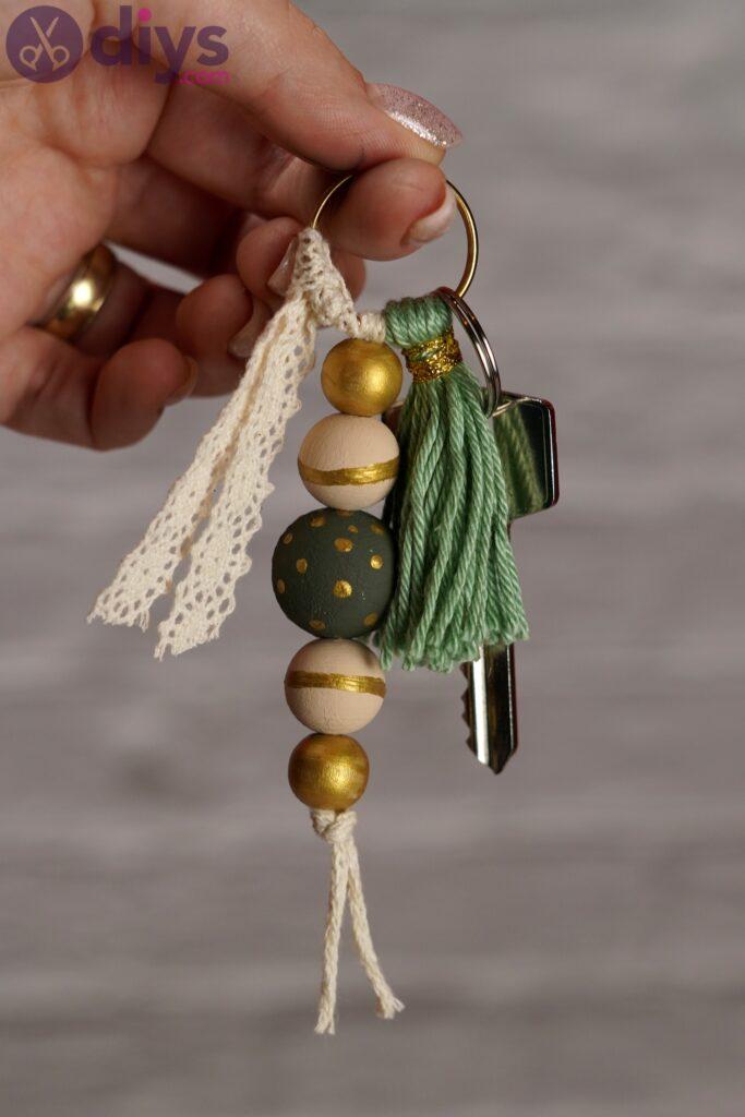 Photos de porte-clés en perles de bois (6)