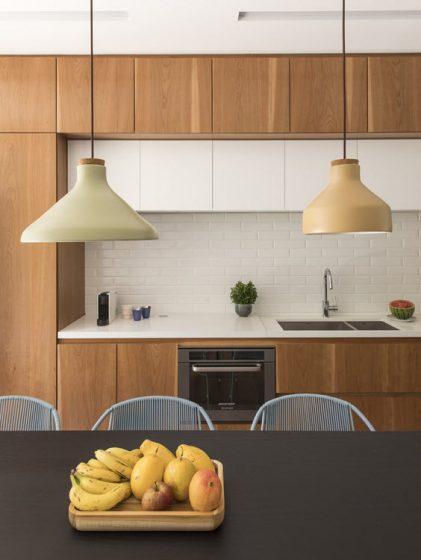 Conception de cuisine en bois simple
