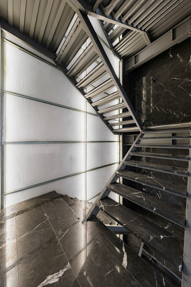 Design créé par Studio Saheb pour un immeuble d'appartements situé à Téhéran