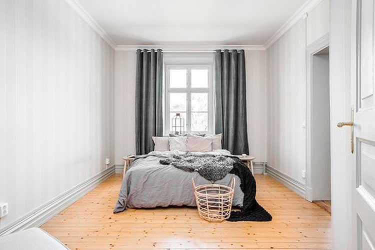La fenêtre comme tête de lit