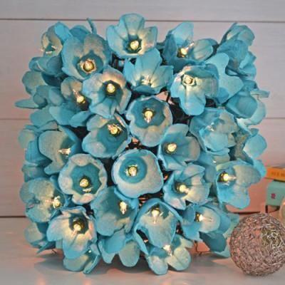 Meilleures idées pour faire des fleurs avec une lampe en carton d'oeufs