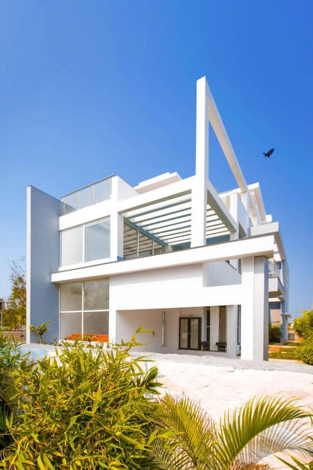 Conception de maison moderne moderne de deux étages