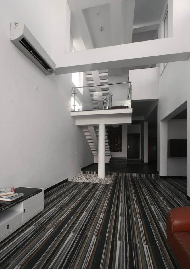 Conception de salle de plafond à double hauteur