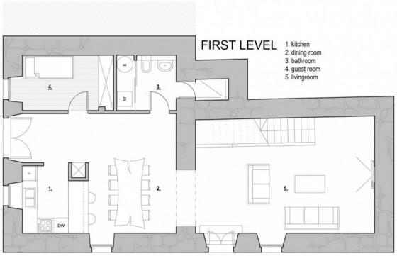 Petit plan de maison en pierre de trois étages