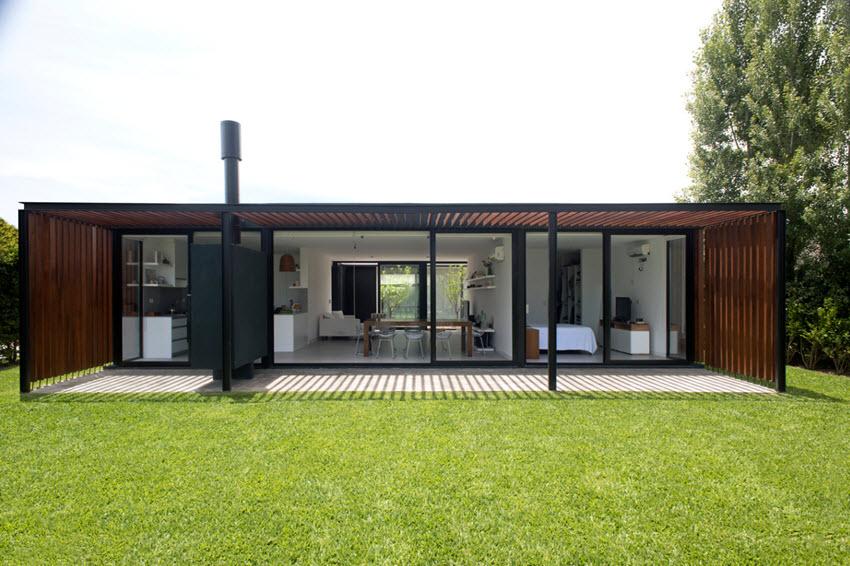 Façade arrière de la maison moderne