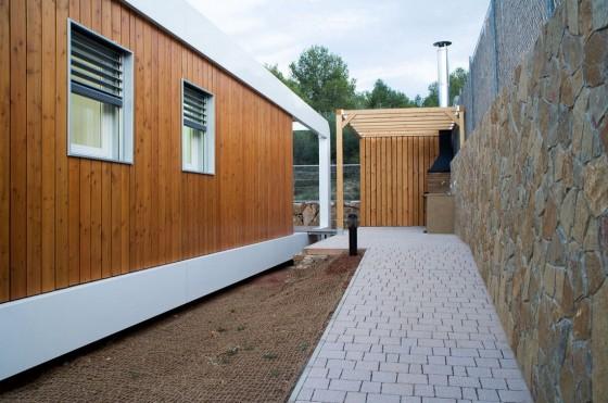 Façade de profil de maison écologique