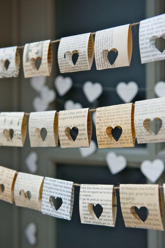 Artisanat de journaux pour la Saint-Valentin