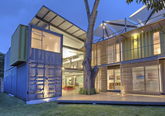 Conception de maison de conteneur moderne
