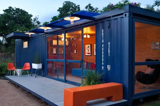 Maison conteneur bleue