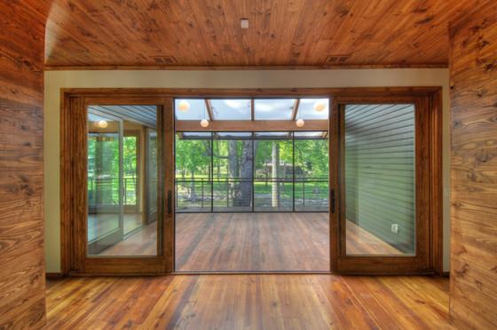 Design d'intérieur de maison de montagne en bois