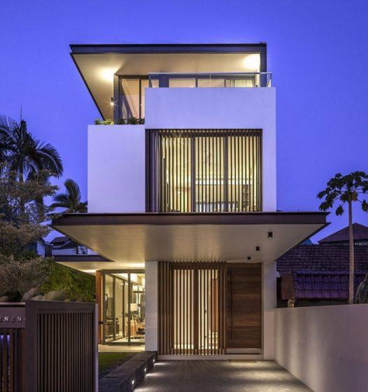 Façade de maison moderne avec façade étroite