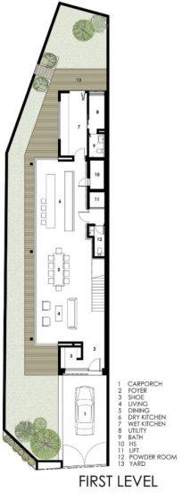 Maison longue et étroite de trois étages