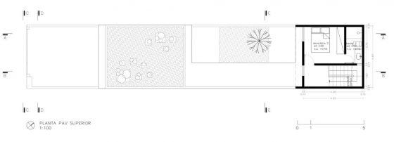 Plan de maison étroite et longue et étage et demi 2