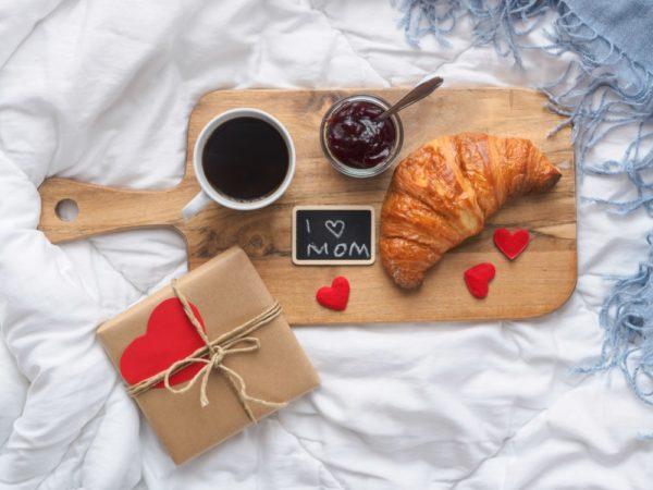 Meilleures idées pour décorer la maison le petit-déjeuner PHOTOS de la fête des mères