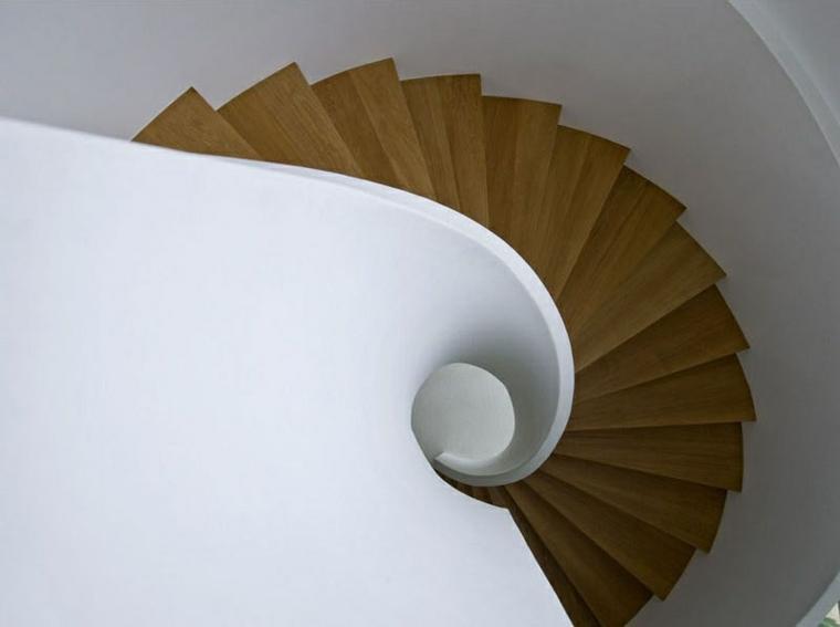escalier en colimaçon large spécial supérieur
