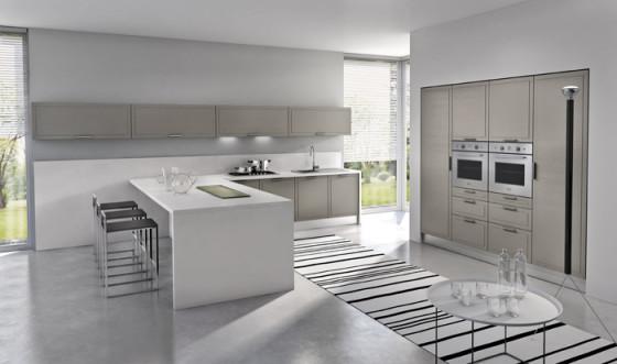 Design de cuisine minimaliste, blanc et beige