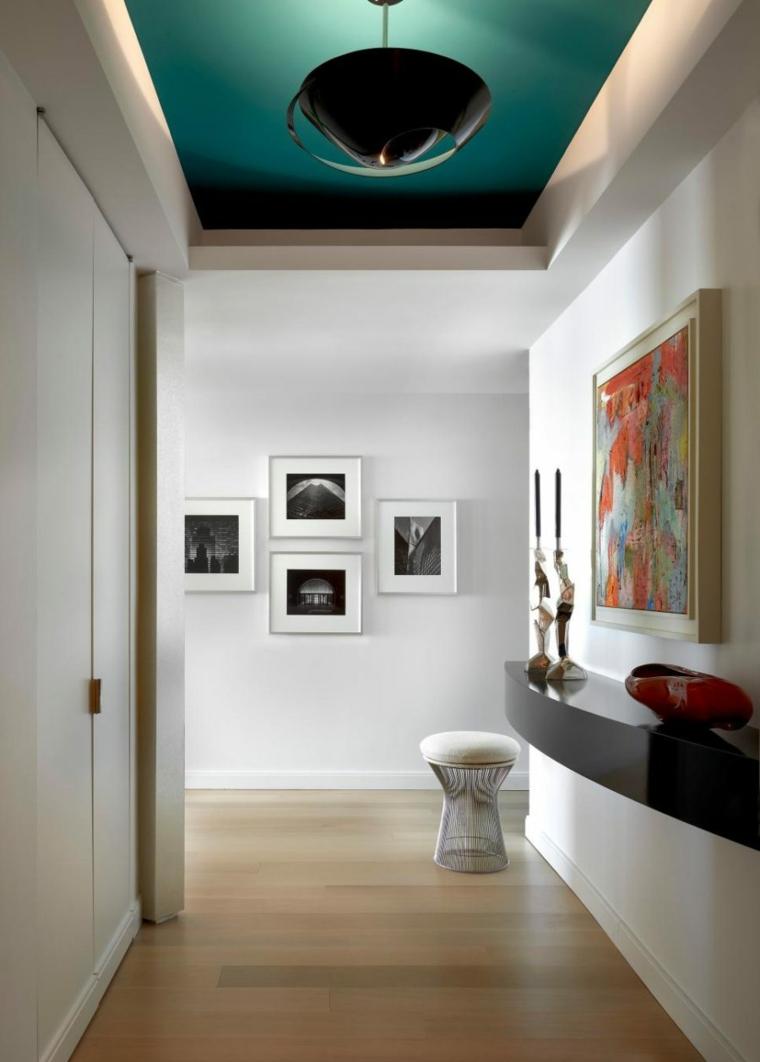 décorer les couloirs des œuvres d'art