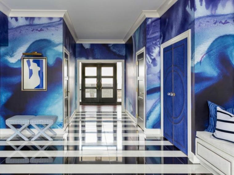 murs bleus de couloir moderne