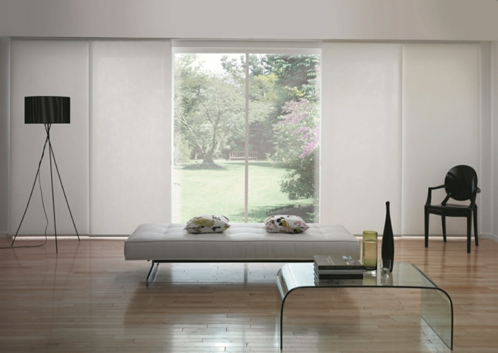 concepts extérieurs de table en verre moderne