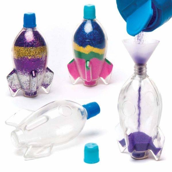 Artisanat de la fête des mères avec élément décoratif de bouteilles en plastique