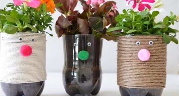Artisanat de la fête des mères avec des bouteilles en plastique corde de pot de fleur