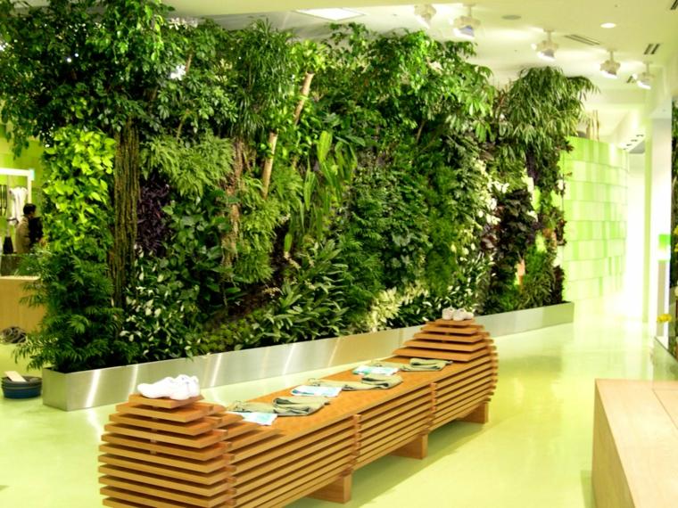 conception originale de jardin vertical intérieur