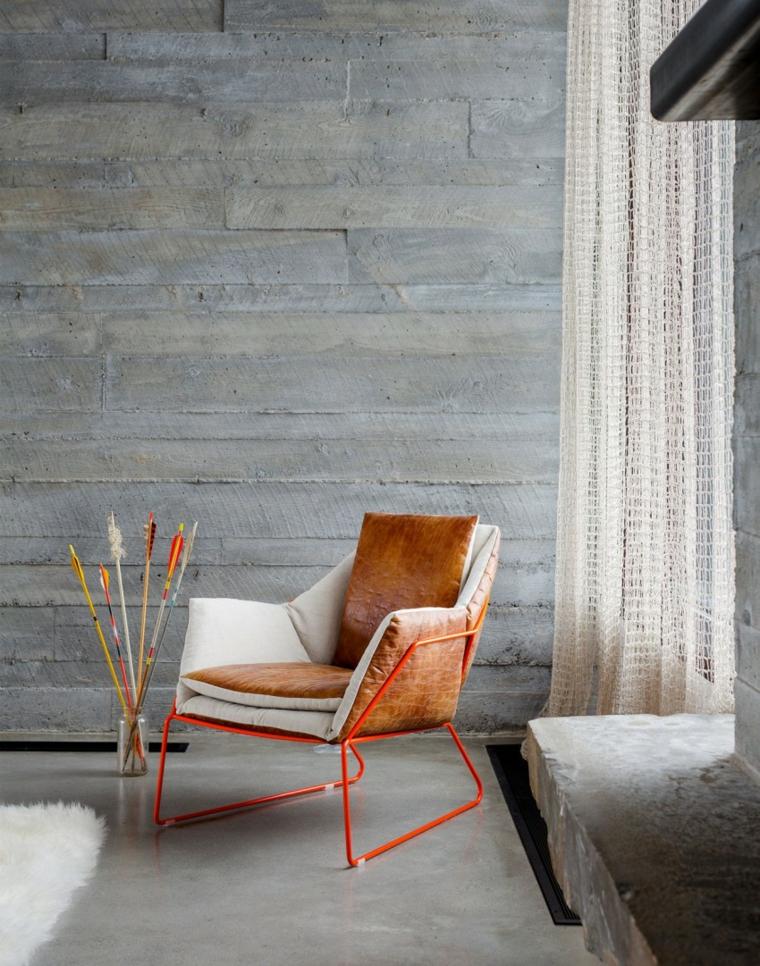 mur-béton-maison-chaise-faits saillants