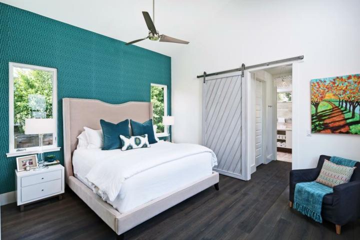 portes coulissantes design style ventilateurs de murs colorés