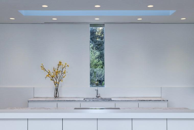 petites maisons blanches idées de design minimaliste de cuisine