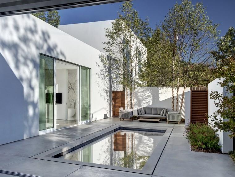 petite maison terrasse piscine idées de mobilier d'extérieur