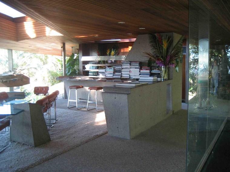 maison cuisine îlot bar idées béton