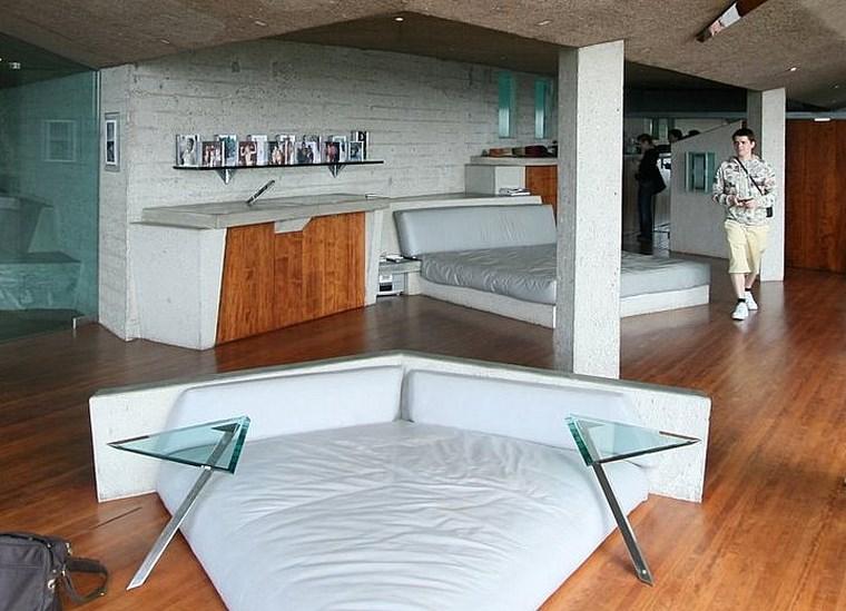 canapé en forme de triangle tables de chevet idées de chambre à coucher