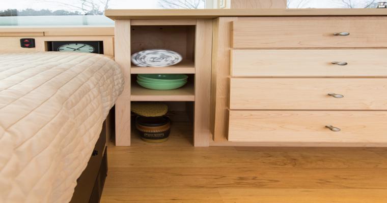 meuble design original en bois