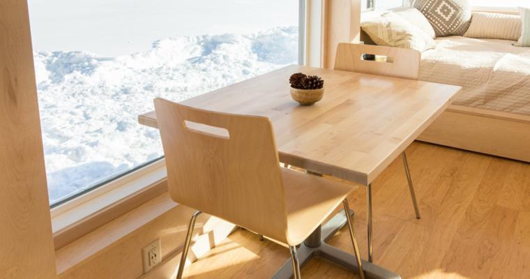 meubles de salle à manger en bois compacts