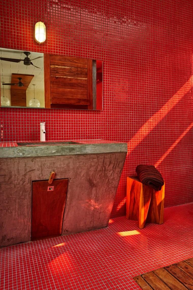 maison mexique design salle de bain idées de mosaïque rouge