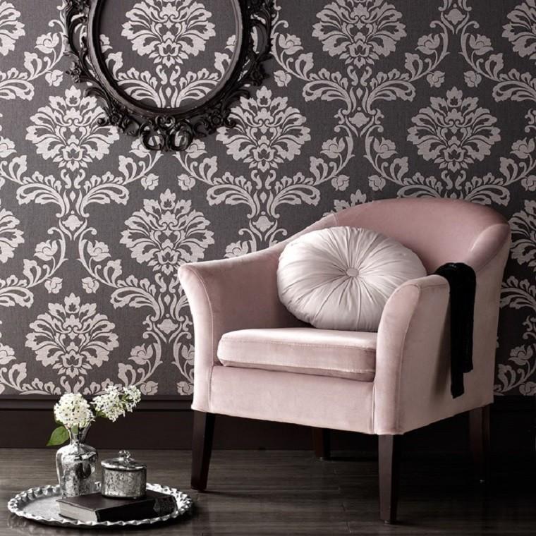 papier peint baroque idées de fauteuil rose