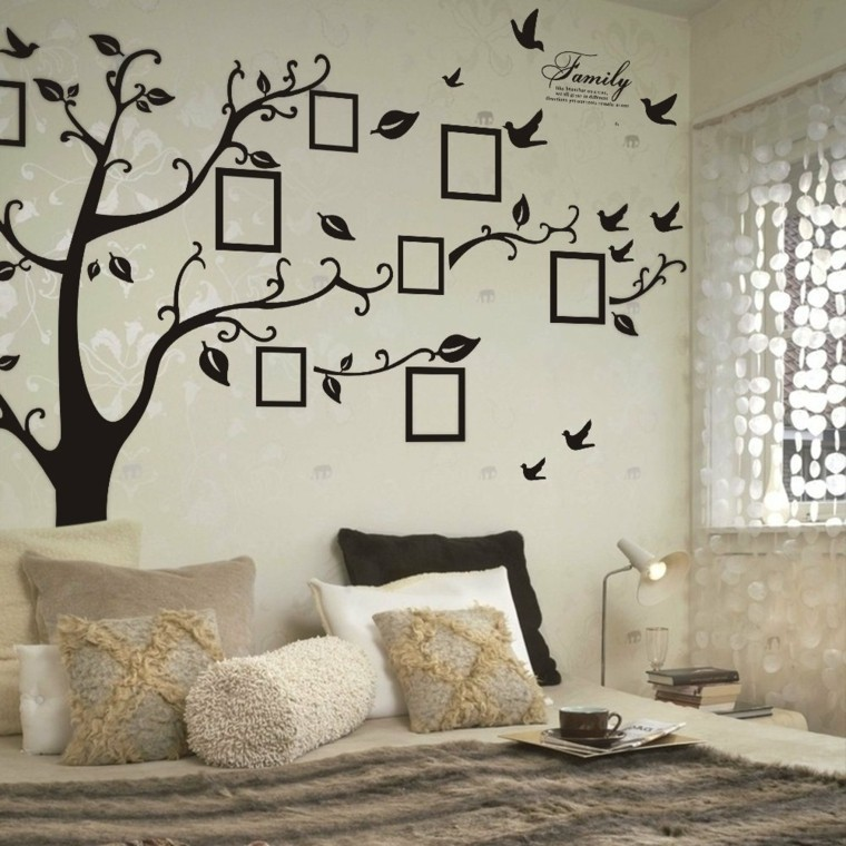 Idées murales de la famille des arbres de couleur beige modernes