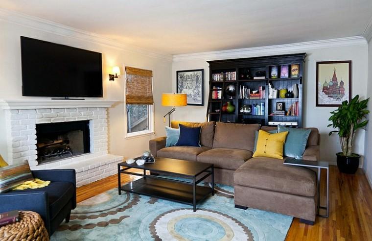 salons design en bois jaune coussins