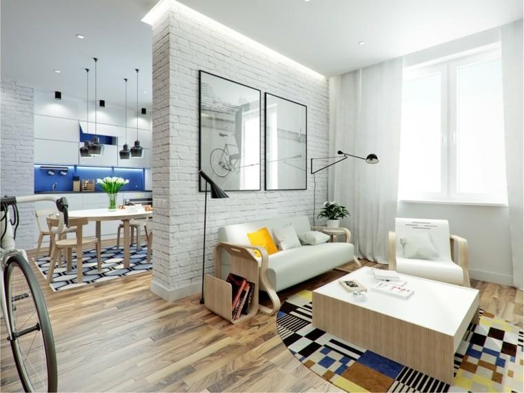 Petits appartements carreaux blancs mur salon lumineux