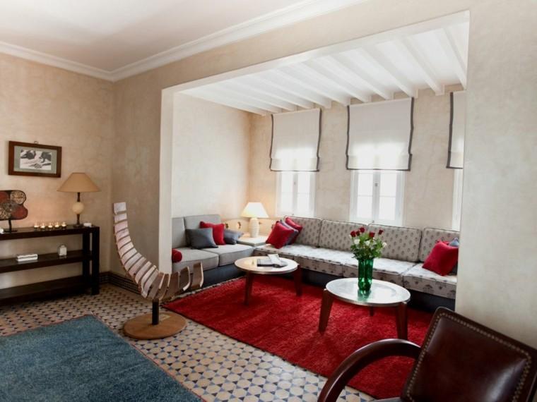 tables de tapis rouge maroc petites idées modernes