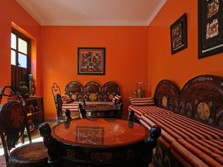 Maroc salon meubles murs orange bois orange