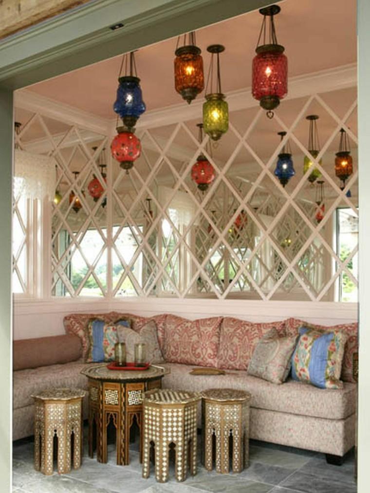 salon marocain idées de couleurs de lanternes intéressantes