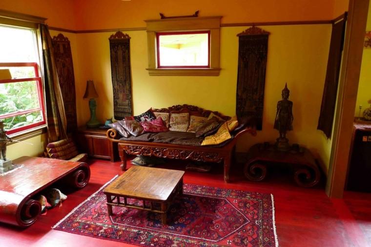 idées de plancher de meubles en bois de style rustique rouge
