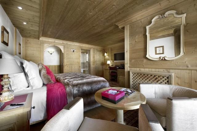 Murs de conception de plafond de chambre à coucher même fourrure de bois