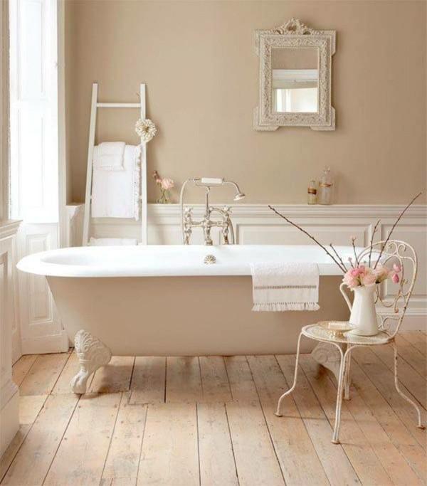chaise shabby chic de baignoire blanche