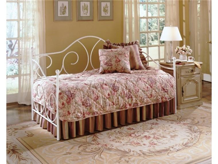 lien de parterre de fleurs rose classique