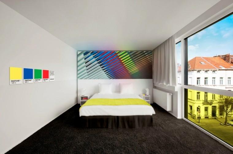 fenêtre de couleurs de l'affiche de la quatrième chambre