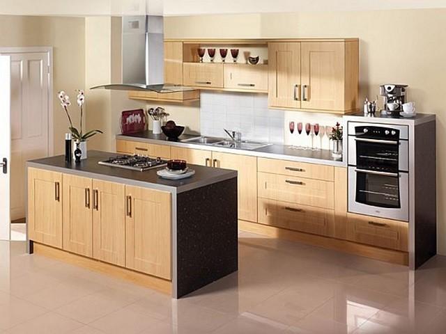 design d'intérieur avec des meubles de cuisine modernes aux couleurs chaudes