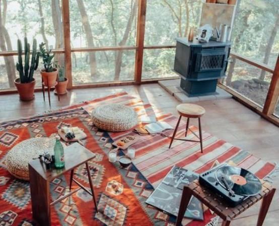 idées de design pour terrasse boho textile vivant léger